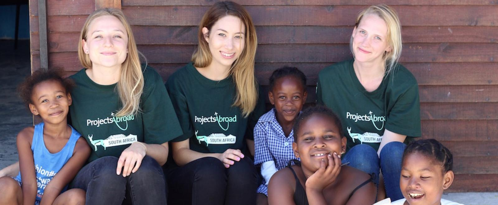 find a travel buddy while volunteering with children in South Africa for teenagers